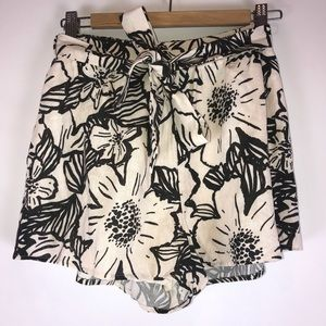 Lush - Floral Print Nude High Waisted Shorts